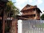 Le Chateau De Puah Home Stay Gallery Thumbnail Photos